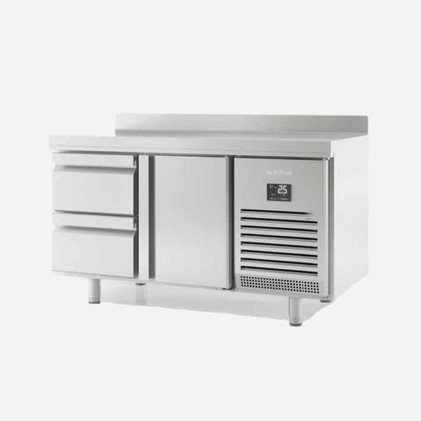 Mesa refrigerada con cajones  serie gn1-1  700
